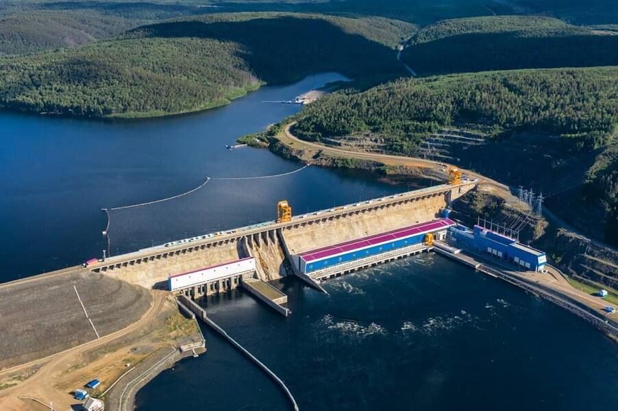 Богучанская ГЭС на реке Ангара в Красноярском крае