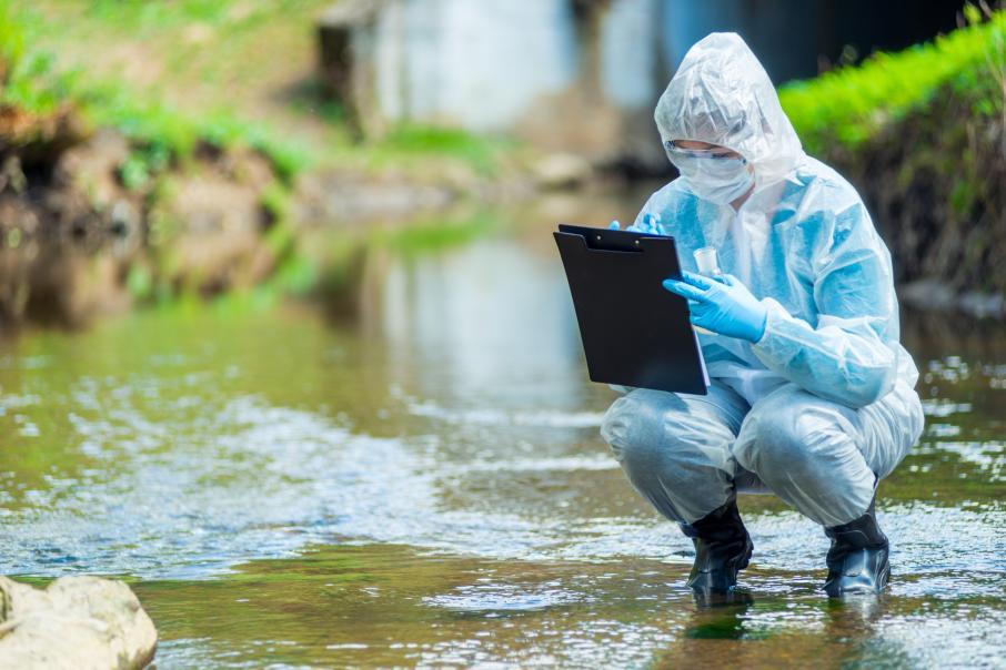 Ученые заявили о высокой концентрации микропластика в Байкале